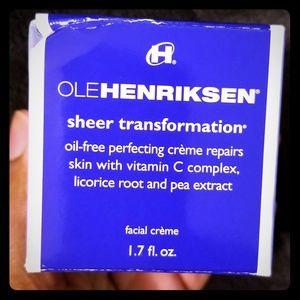 Ole Henriksen Sheer Transformation Cream